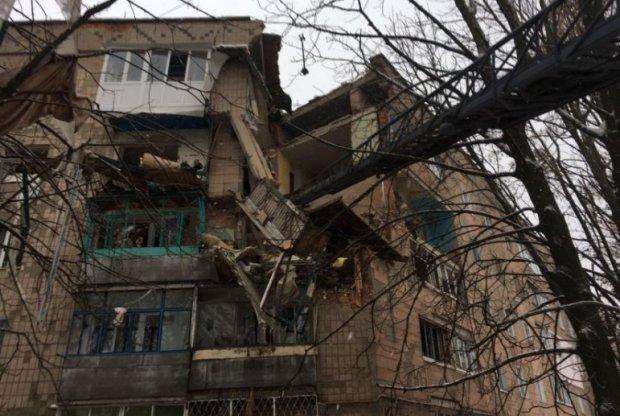 Після вибуху в Фастові мешканці зруйнованого будинку розповіли про трагедію: Він полетів вниз, на 3 поверх. Він був там під завалами