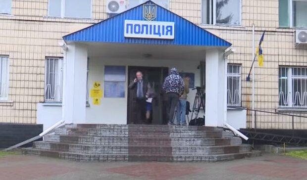 """У Франківську перевертні у погонах познущалися над підлітками, скандал гримить на всю Україну - """"Ти підпишеш на**й все"""""""