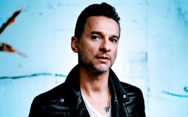 Врачи прокомментировали состояние здоровья солиста Depeche Mode