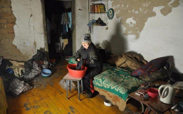 Денег нет, а вы держитесь: сколько россиян находится за чертой бедности