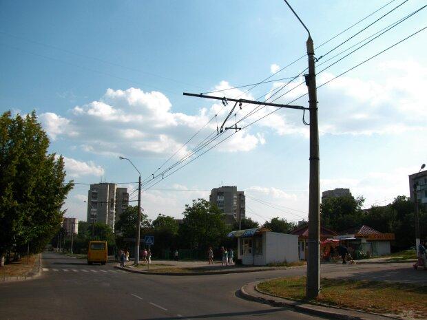 Во Львове неуправляемый байк влетел в легковушку, кровь и колеса по всей дороге: подробности фатальных секунд