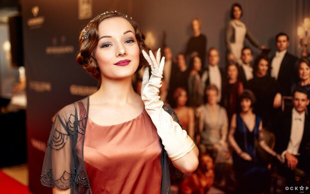 """Історія, на яку всі так довго чекали: українські зірки на прем'єрі """"Абатство Даунтон"""", фото"""