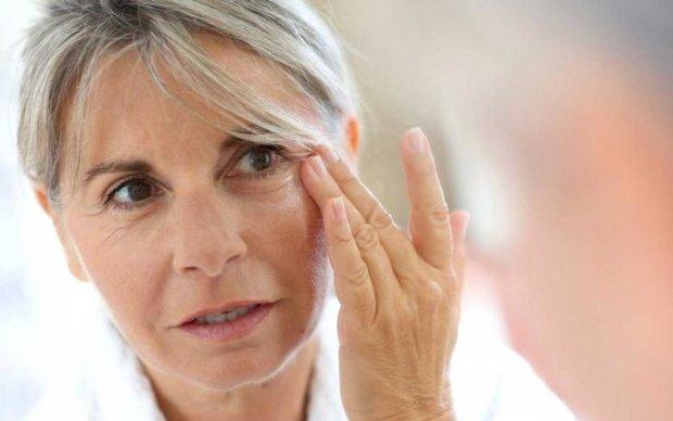Косметологи розкрили головне правило молодості