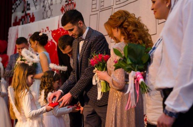 Свадьба на День влюбленных: украинцы штурмовали ЗАГСы ночью и потратили 1,7 миллиона