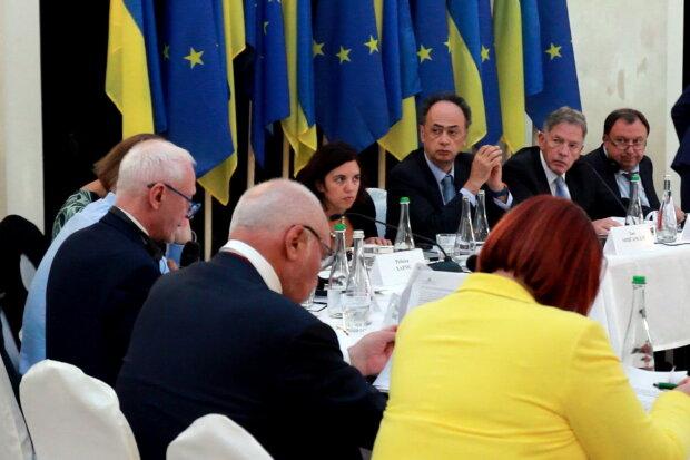 ЄС потужно підтримав Україну та завдав нищівного удару Росії: ще на рік