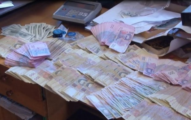 Сбербанк помог отмыть почти 100 млн грн в Киеве