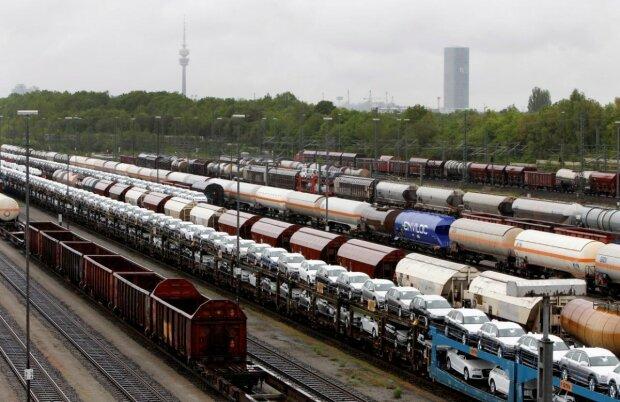 """Укрзализныця должна установить равные тарифы для всех грузов без """"олигархических преференций"""", - глава Всеукраинского Конгресса Фермеров Слободяник"""