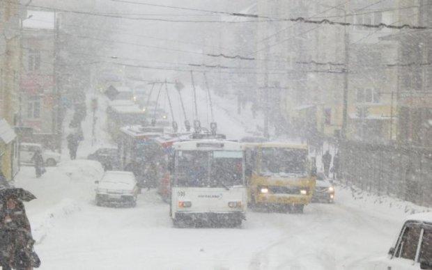 Погода на 19 березня: синоптики радять не ховати шуби