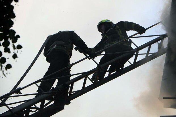 пожарные / фото: ГСЧС