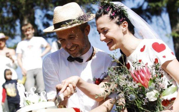 Крепко сплетемся корнями: Сергей и Снежана Бабкины поженились еще раз