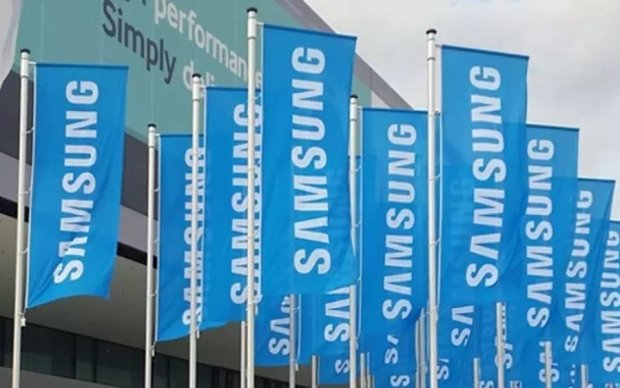 Магазин Samsung вспыхнул перед презентацией Galaxy S8