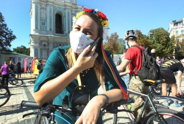 Велосипедисты, фото: UNIAN