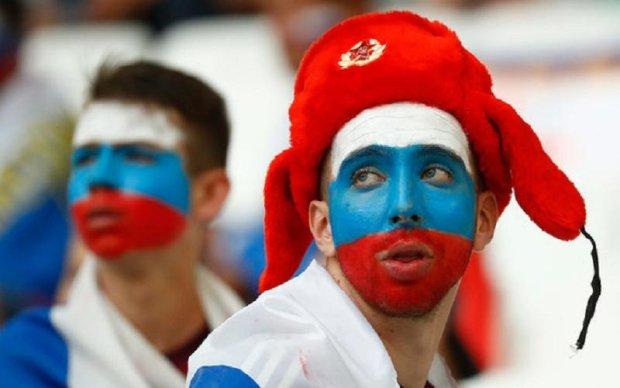 Росіян змусили роздягнутися на спортивному турнірі через радянську символіку