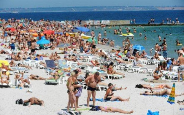 А що там в Криму: в мережі показали переповнений пляж Одеси