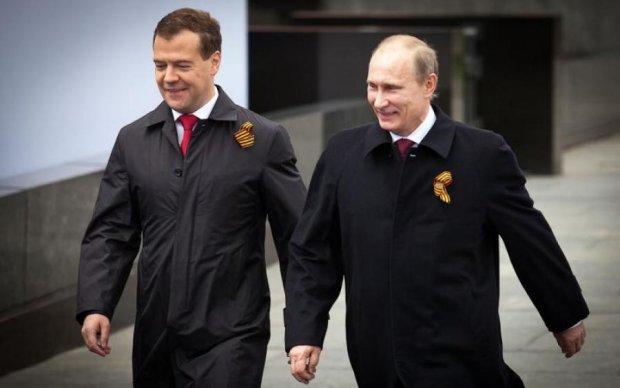 Путин и Медведев не прошли фейсконтроль в России