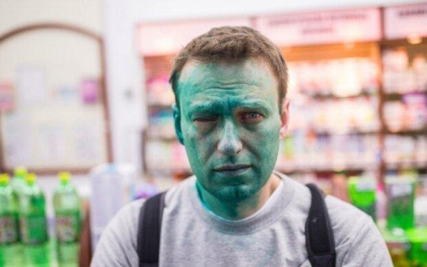 """Навальний знайшов замовника """"зелених"""" атак"""