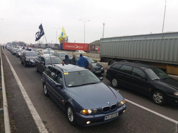 Евробляхеров ждут стотысячные штрафы: поторопитесь, времени меньше месяца