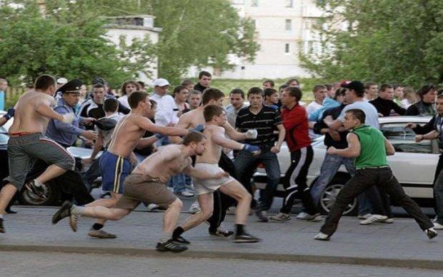 Масова бійка у Києві: є постраждалі