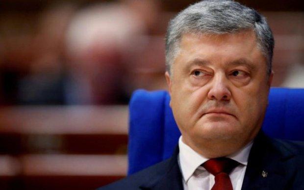 Головне за ніч: допит Порошенка та Майдан у Росії