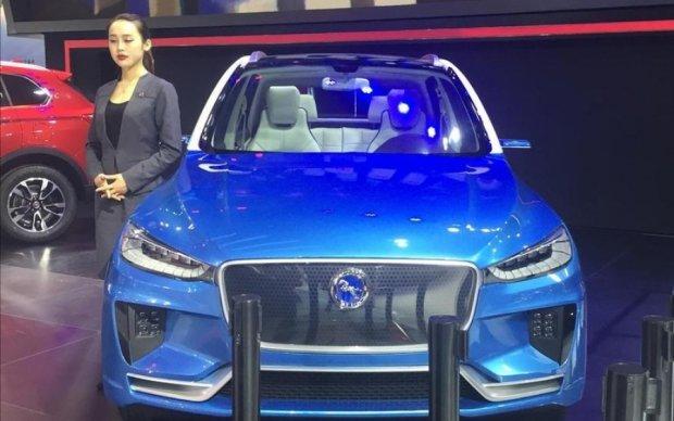 """Китайці """"клонували"""" електрокросовер Jaguar до його випуску"""