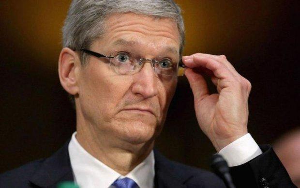 Вірусна атака Apple залишила біля розбитого корита