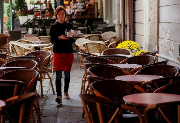 В Україні змінився трудовий стаж: скільки тепер доведеться працювати заради пенсії, далі - гірше