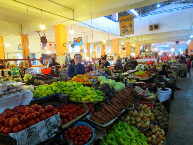 Ціни на овочі: де купувати продукти, щоб зекономити