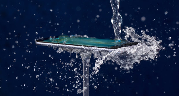 Не пий без смартфона: створено найшвидший спосіб визначити якість води