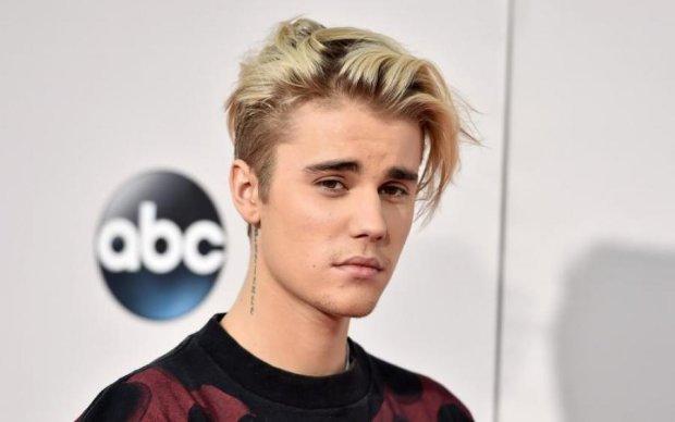 Бибер покрасовался в Instagram бывшей в чем мать родила