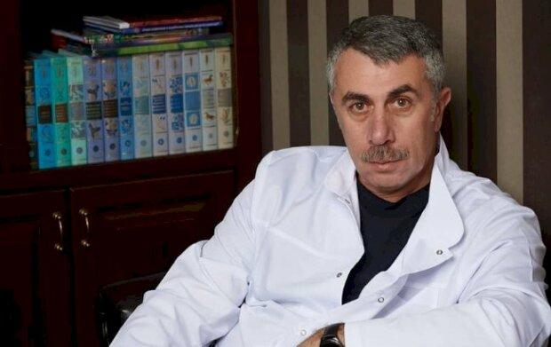 Комаровский предупредил вейперов о неминуемой опасности: все начинается с малого