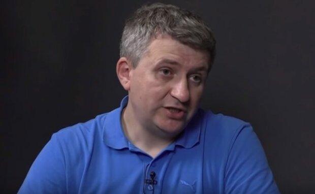 """Романенко рассказал, почему власть хочет запретить """"свободу слова"""" в Украине: """"Строят новую Россию"""""""