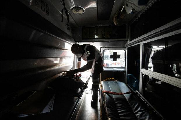 Работник скорой, фото: Getty Images
