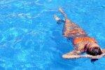 В бассейне, фото Instagram