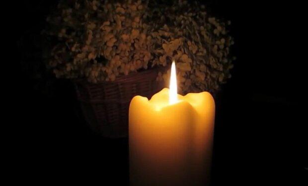 Свічка скорботи, фото: соціальні мережі