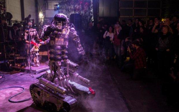 Сдаем по всем фронтам: роботы одержали очередную победу