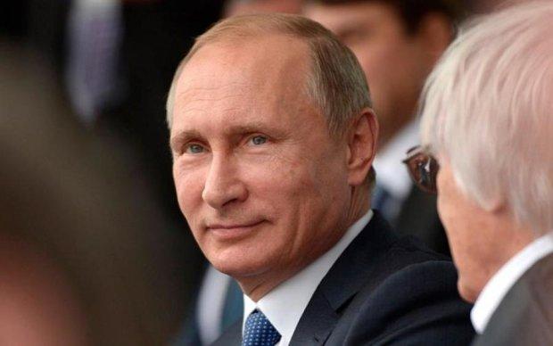 Пропагандисти поплатились за фейк про бургер Путіна