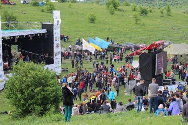 Фестиваль Kozak Fest зупинили через моторошну НП: є загиблий, десятки постраждали