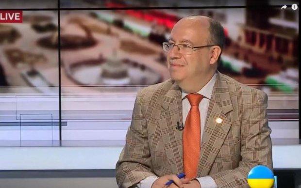 Эксперт: Медведчук - серьезный игрок в вопросе обмена пленных