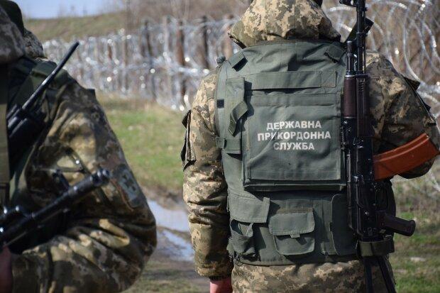 На Закарпатье нашли пограничника с простреленной головой: пустил пулю в лоб