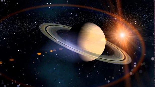 """Искусство внеземных цивилизаций: на спутнике шестой планеты астрономы обнаружили """"рисунки"""""""