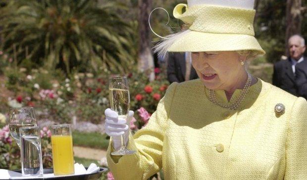 Елизавета II освоила новую профессию