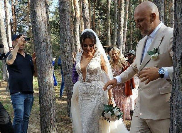 """""""У них действительно будут красивые дети"""": украинцы раскрыли истинную причину внезапной свадьбы Потапа и Насти"""