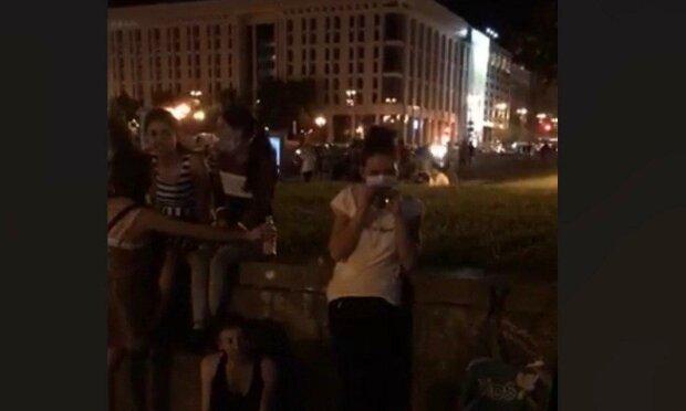 """У Києві банду злодійок ромської національності спіймали на гарячому, копи розводять руками - """"Не маємо права"""""""