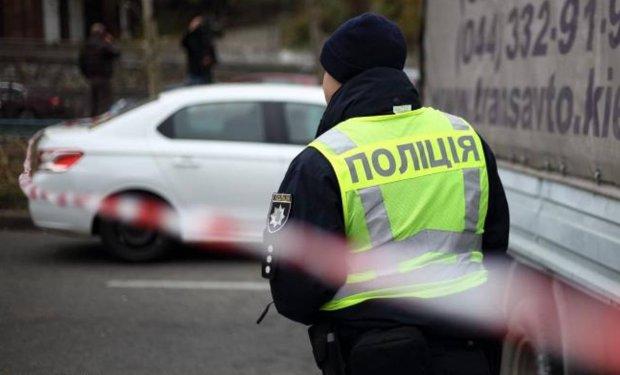 Дніпровських копів підозрюють у найстрашнішому: четверо на одного