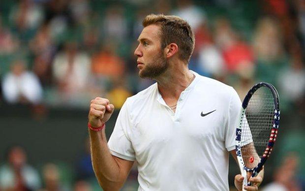 На Вімблдоні чоловік ганебно вирвав у дитини подарунок тенісиста