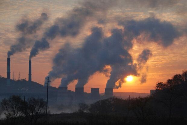 Росія потрапила до трійки країн з високою смертністю через забруднення повітря: яке місце зайняла Україна