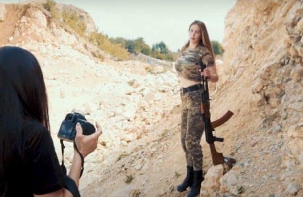 Горячие девушки-военные из Тернопольщины украсят обложку календаря - вооружены и прекрасны