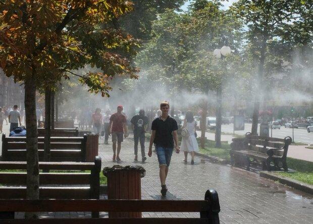 Погода на 19 серпня: українці зможуть насолодитися останнім теплом на Яблучний Спас