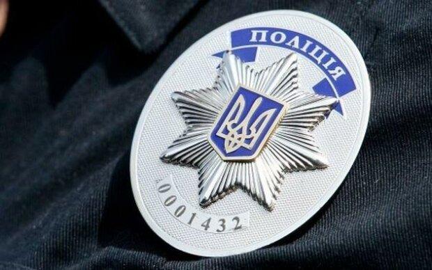 Кошмар в Борисполе: мужчина приставил нож к горлу детей на глазах у людей и вымагал отдать ценности