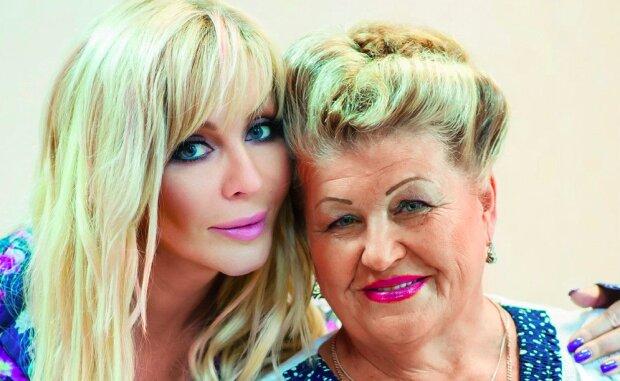 """Билык показала редкое фото с мамой Анной, очень трогательно: """"Какая молодая!"""""""